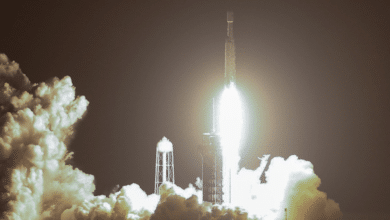 بالفيديو: سبيس إكس تنجح في إطلاق صاروخ فالكون الثقيل