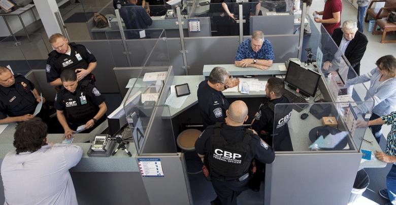 حسابات مواقع التواصل الإجتماعية مطلوبة في ملف التأشيرة الأمريكية