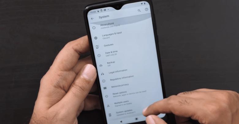 موتورولا تستعد لإطلاق هاتفها One Macro بسعر 140 دولار