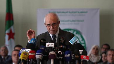 """تأجيل عرض """"نظام الكمبيوتر"""" لمراقبة الانتخابات في الجزائر"""