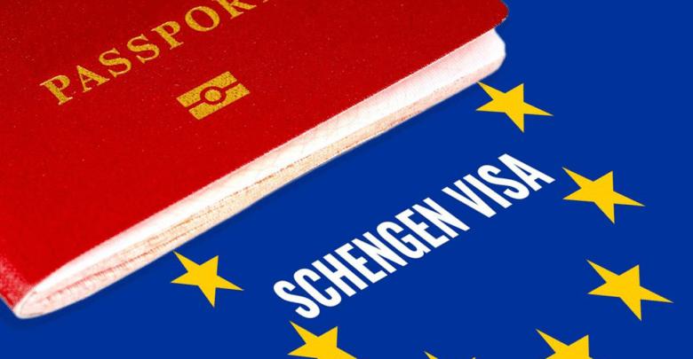 """تأشيرات شنغن: فرنسا تعلن عن """"آليات جديدة"""" للبلدان التي تشهد طلباً كبيراً"""